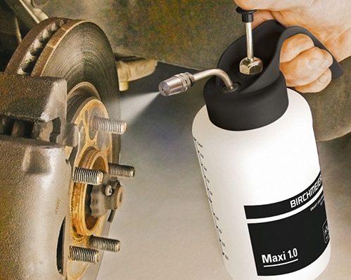 Pulvérisateur, pulvérisation professionnel, industrie, pulvérisation d'acide, pulvérisateur de produits alcalin, nettoyage, désinfection, entretien, industrie automobile, marque Bichmeier